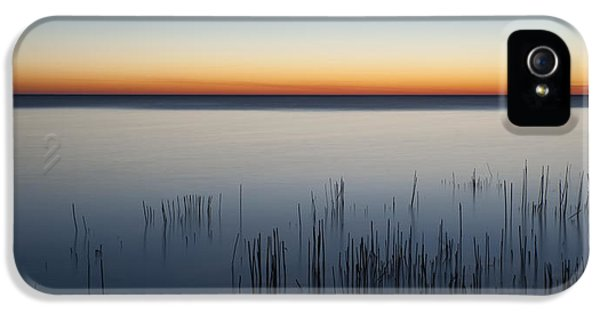 Lake Michigan iPhone 5s Case - Just Before Dawn by Scott Norris