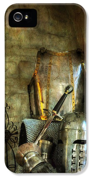 Knight - A Warriors Tribute  IPhone 5s Case by Paul Ward