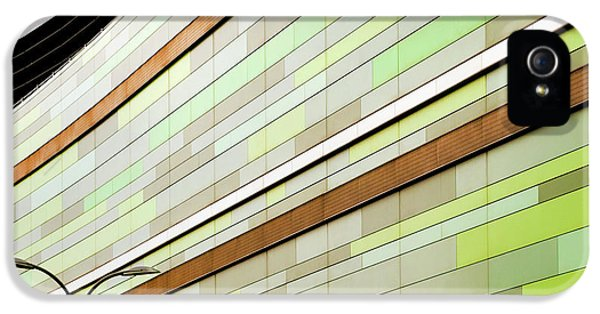 Facade iPhone 5s Case - Linear In Green by Linda Wride