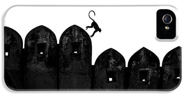 Castle iPhone 5s Case - Monkey by Yasemin Bakan