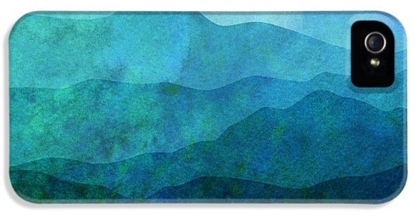 Mountain iPhone 5s Case - Moonlight Hills by Gary Grayson