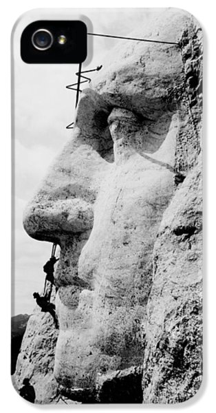 Mount Rushmore Construction Photo IPhone 5s Case by War Is Hell Store