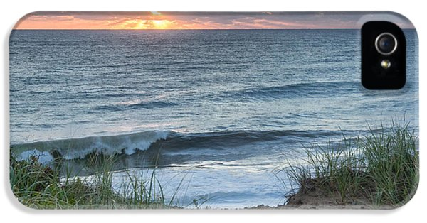 Nauset Light Beach Sunrise Square IPhone 5s Case by Bill Wakeley
