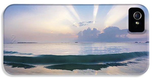 Water Ocean iPhone 5s Case - Neptune Step. by Sean Davey