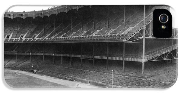 New Yankee Stadium IPhone 5s Case by Underwood Archives