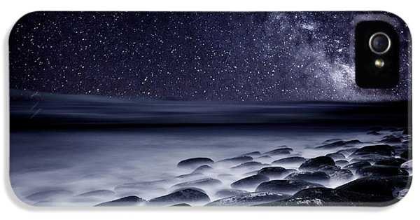 Flow iPhone 5s Case - Night Shadows by Jorge Maia