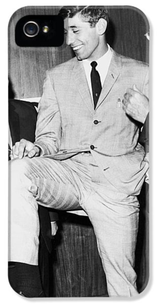 Sonny iPhone 5s Case - Ny Jets Quarterback Joe Namath by Underwood Archives