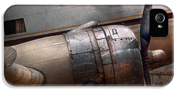 Nostalgia iPhone 5s Case - Plane - A Little Rough Around The Edges by Mike Savad