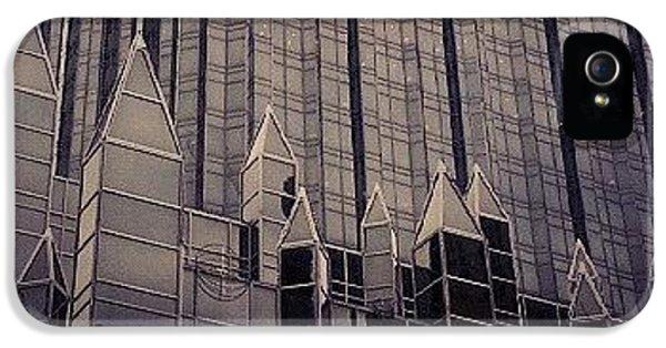Downtown Castle IPhone 5s Case by Charlie Cliques