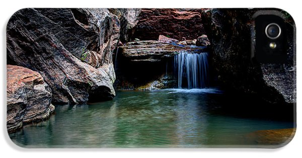 Flow iPhone 5s Case - Remote Falls by Chad Dutson