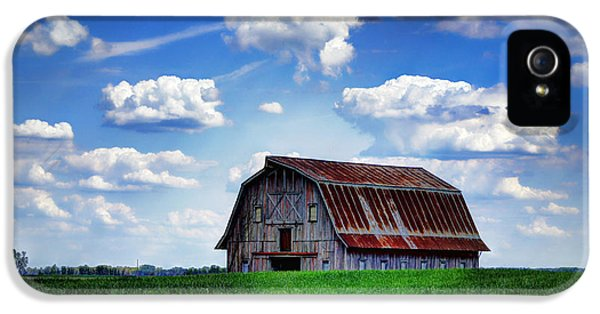Cricket iPhone 5s Case - Riverbottom Barn Against The Sky by Cricket Hackmann