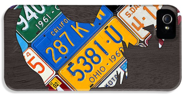 Rooster iPhone 5s Case - Rooster Recycled License Plate Art On Gray Wood by Design Turnpike