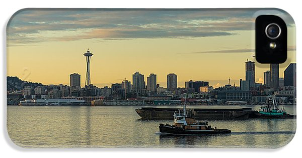 Seattle Skyline iPhone 5s Case - Seattles Working Harbor by Mike Reid