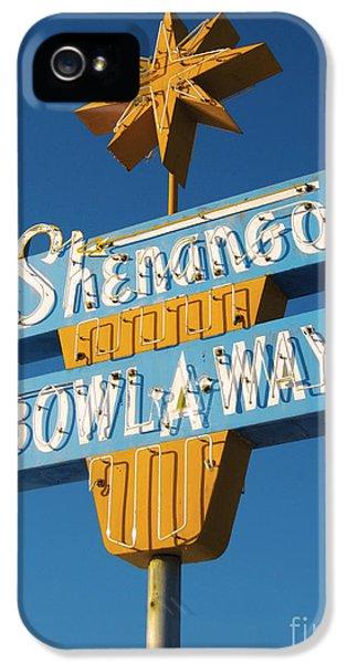 1950s iPhone 5s Case - Shenango Bowl-a-way by Jim Zahniser