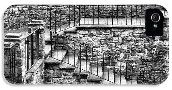 Stairway IPhone 5s Case by Tim Buisman