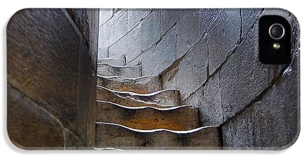 Decorative iPhone 5s Case - Stairway To... by Carlos Alkmin