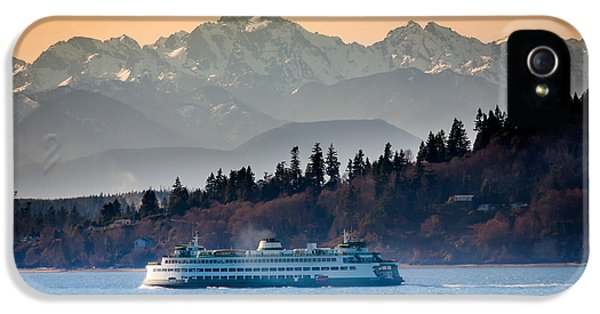 State Ferry And The Olympics IPhone 5s Case by Inge Johnsson