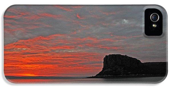 Far North Queensland iPhone 5s Case - Sunset Rock by Casey Herbert