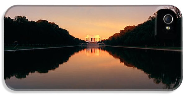 The Lincoln Memorial At Sunset IPhone 5s Case by Panoramic Images