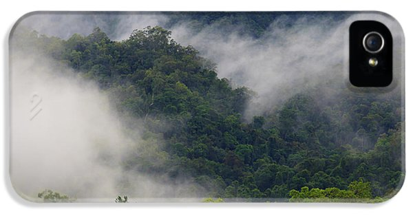 Far North Queensland iPhone 5s Case - Thick Cloud Covers The Tropical by Paul Dymond