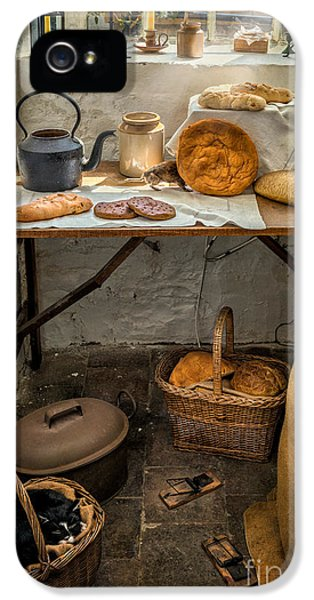 Victorian Bakers IPhone 5s Case by Adrian Evans