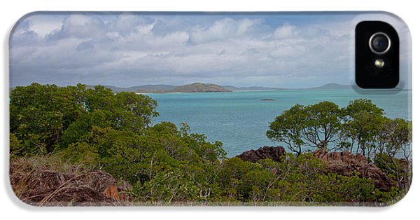 Far North Queensland iPhone 5s Case - View Into The Gulf by Carole Hinding