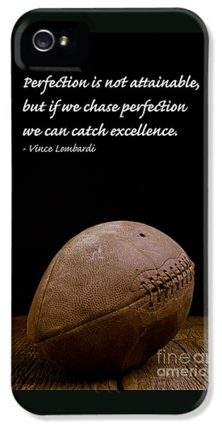 Football iPhone 5s Case - Vince Lombardi On Perfection by Edward Fielding