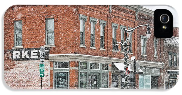 Whitehouse iPhone 5s Case - Whitehouse Ohio In Snow 7032 by Jack Schultz