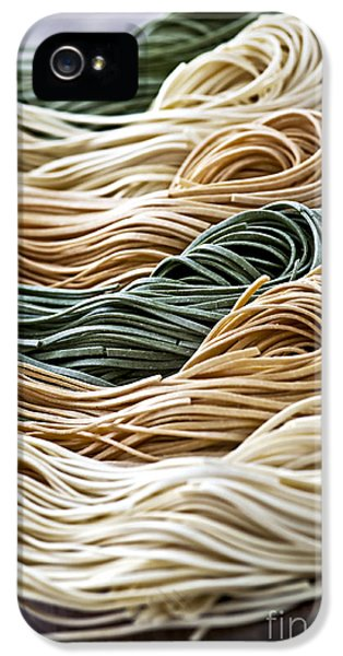 Spinach iPhone 5s Case - Tagliolini Pasta by Elena Elisseeva