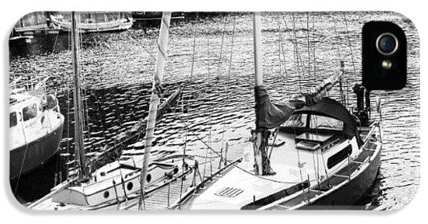 #albertdock #liverpool #harbor #boat IPhone 5s Case