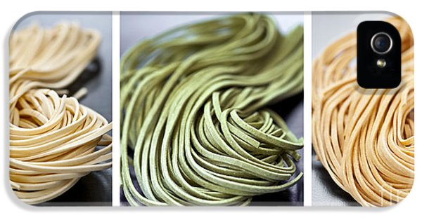 Spinach iPhone 5s Case - Fresh Tagliolini Pasta by Elena Elisseeva