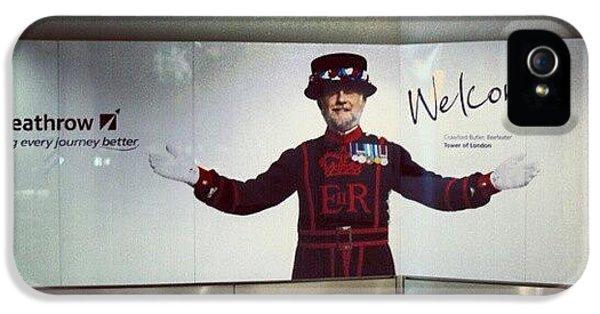 London iPhone 5s Case - #heathrow #airport #london #welcome by Abdelrahman Alawwad