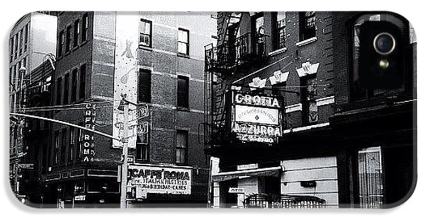 Classic iPhone 5s Case - Little Italy - New York City by Vivienne Gucwa