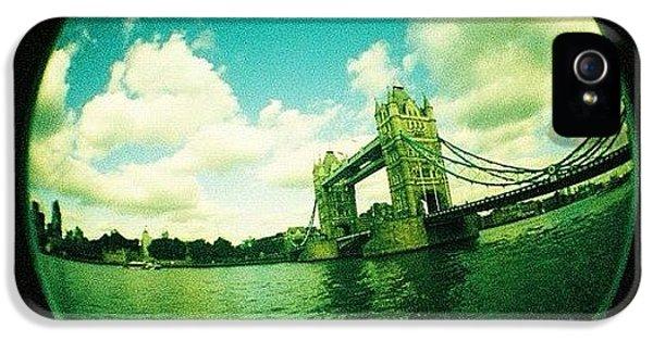 London iPhone 5s Case - #london by Ozan Goren