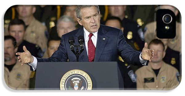 George Bush iPhone 5s Case - President George W. Bush Speaks by Stocktrek Images