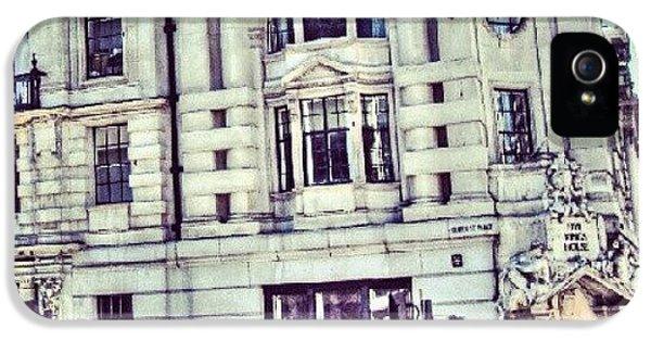 Classic iPhone 5s Case - Random Pic In #london | #uk #england by Abdelrahman Alawwad