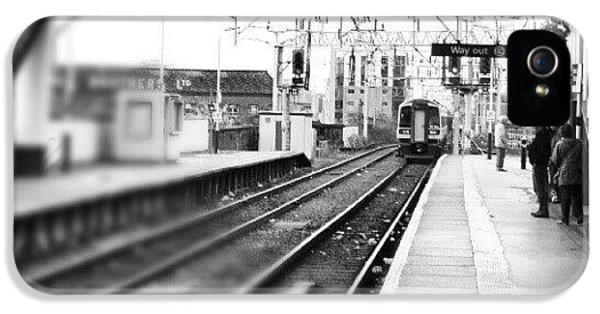 Classic iPhone 5s Case - #train #trainstation #station by Abdelrahman Alawwad