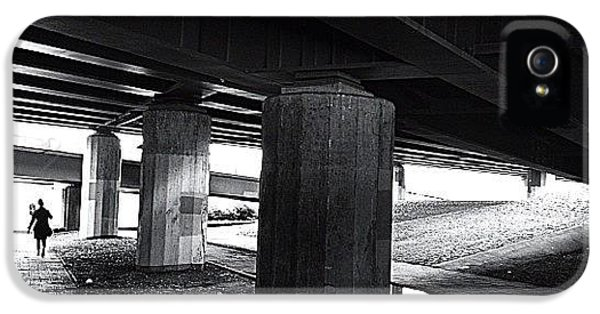 Light iPhone 5s Case - Under The Bridge#bw# #walk #light by A Rey