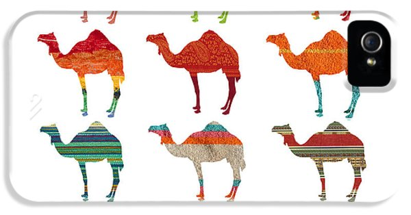Camels IPhone 5s Case by Art Spectrum