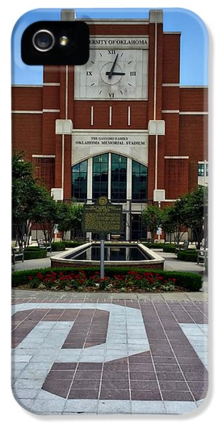 Oklahoma Memorial Stadium IPhone 5s Case by Center For Teaching Excellence