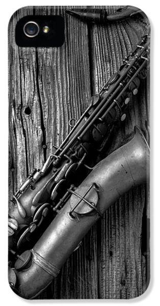 Saxophone iPhone 5s Case - Old Sax by Garry Gay