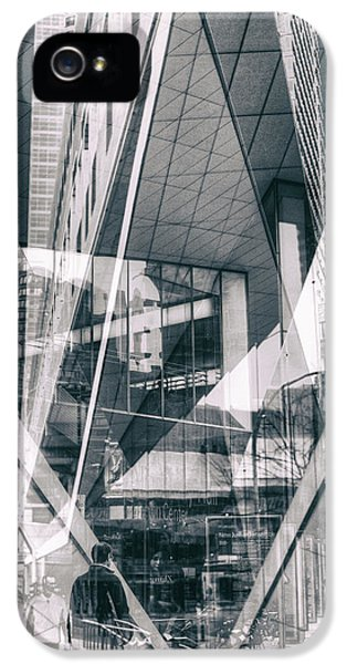 IPhone 5s Case featuring the photograph Alice Tully Hall by Dave Beckerman