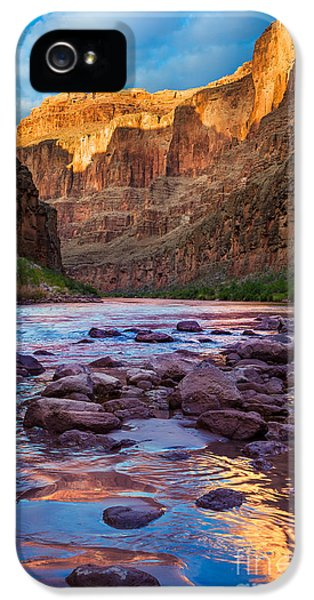 Grand Canyon iPhone 5s Case - Ancient Shore by Inge Johnsson
