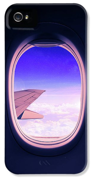 Airplane iPhone 5s Case - Travel The World by Nicklas Gustafsson