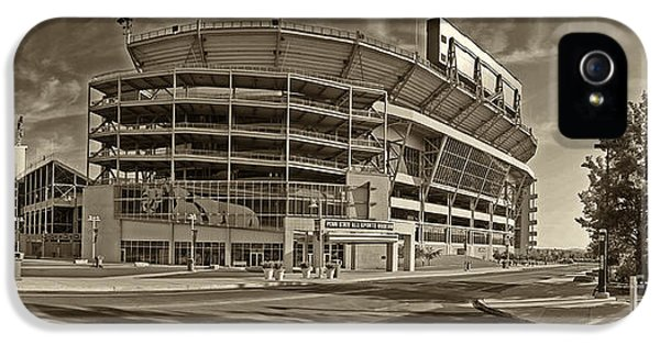 Beaver iPhone 5s Case - Beaver Stadium by Jack Paolini
