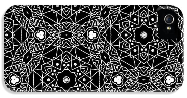 Niagra Falls iPhone 5s Case - Black And White Boho Pattern 3- Art By Linda Woods by Linda Woods