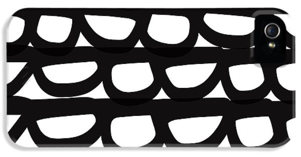 Black And White Pebbles- Art By Linda Woods IPhone 5s Case by Linda Woods