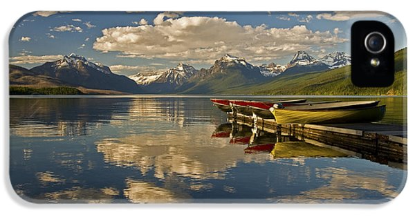 Boats At Lake Mcdonald IPhone 5s Case by Gary Lengyel
