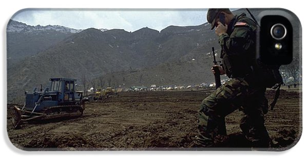 Boots On The Ground IPhone 5s Case by Travel Pics