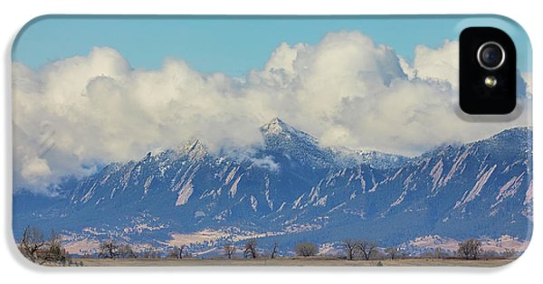 IPhone 5s Case featuring the photograph Boulder Colorado Front Range Cloud Pile On by James BO Insogna
